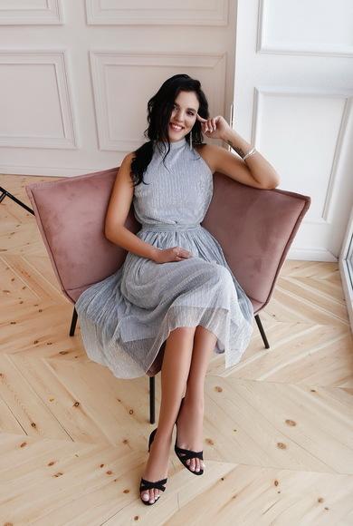 Платье-халтер из струящегося гофре